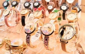 ネコ雑貨腕時計